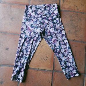 Lululemon Floral Pink Stretchy Capri Yoga Leggings